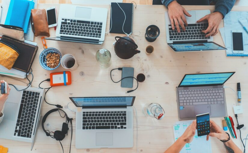 Technology in Action: How It Improves Workplace Communication